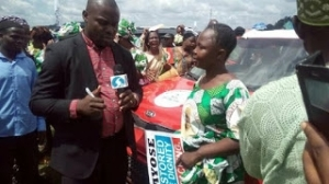 Photos Of The Best Teacher In Ekiti State And The Car She Won